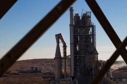 La cimenterie Lafarge de Jalabya - (c) Le Monde